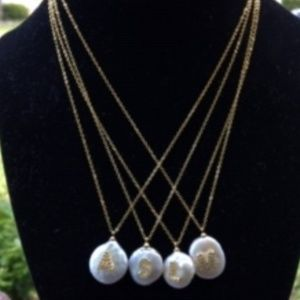 Jewelry - Letter necklace